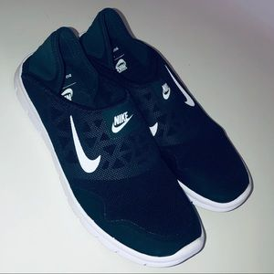 Nike Orive Lite women's slip on tennis shoes